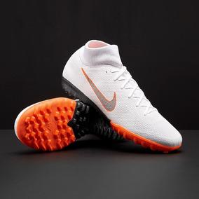 a3b7ca75b Botines Nike Mercurial Futbol 5 - Botines Nike para Adultos en Mercado  Libre Argentina