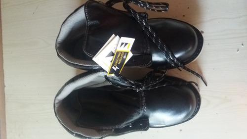 botines punta de acero