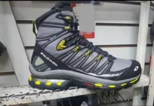 nouveau concept 4cd21 3e0fd Botines Salomon Cosmic 4d Gtx North Face Columbia Quechua.