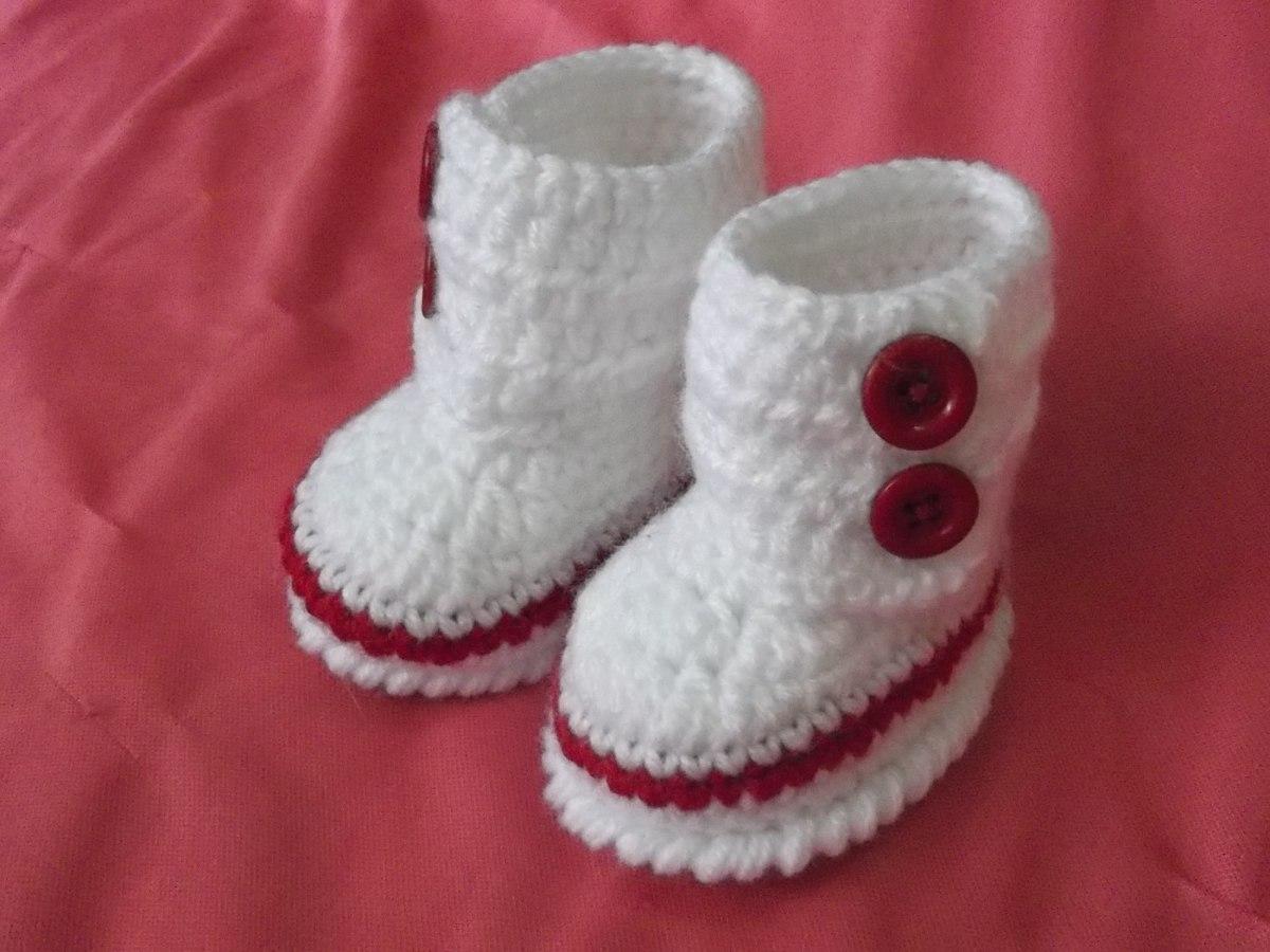 Tendrás a tu disposición botas niña, merceditas niña, sandalias niña, sandalias niño, deportivas bebe sin suela y todo tipo de calzado infantil para los recién nacidos.