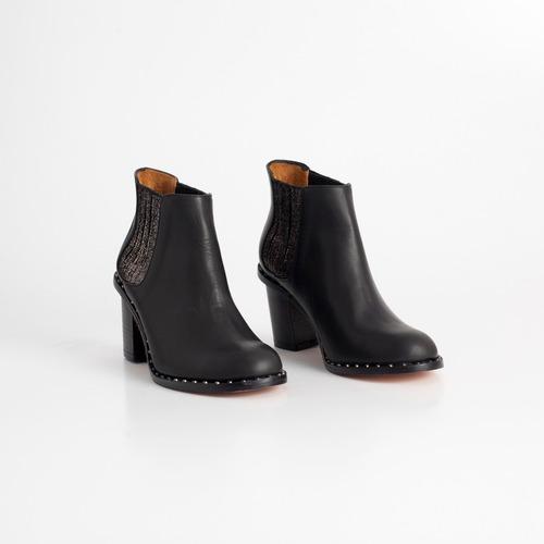 botineta de cuero. art puma negro. otro calzado