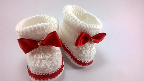 botinha para bebê em crochê cod: 57