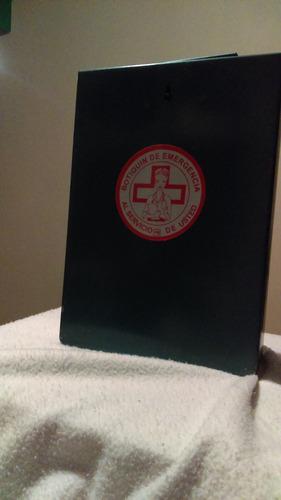 botiquín metálico de primeros auxilios