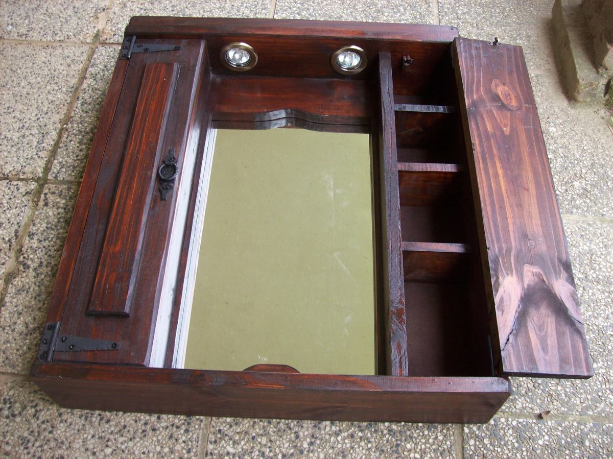 Botiquin rustico madera maciza 2 puertas en for Espejos de bano rusticos de madera