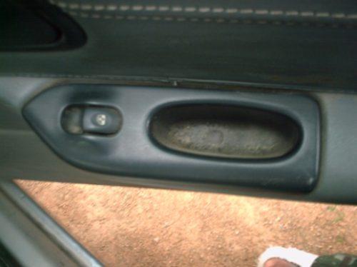 botão  direito traseiro do vidro elétrico do laguna 2.0