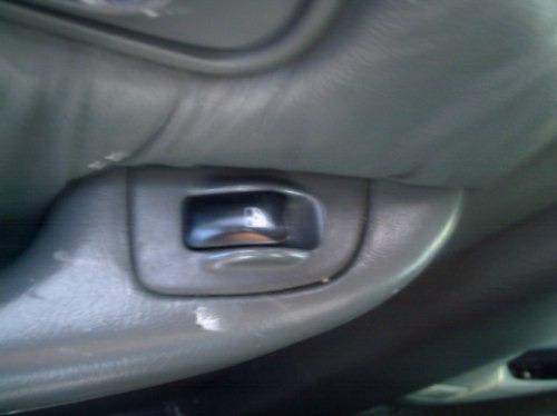 botão do vidro elétrico traseiro esquerdo  do clarus 2.0 97