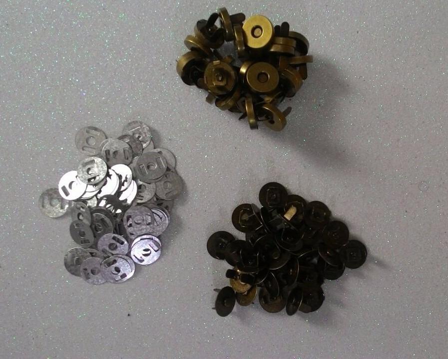 6a1d20eea1 botão imantado cor ouro velho 14mm c/20 fechos p/bolsa (imã). Carregando  zoom.