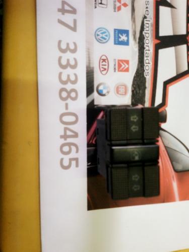 botão vidro elétrico golf 94a98 porta.traz. r$ 72,50 + frete