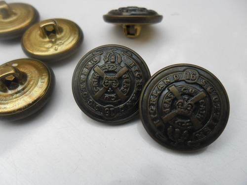 botón de metal bronce viejo (7)