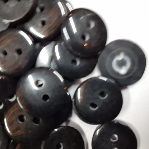 boton negro 2 hoyos 03-109 #20 1728pzas. para camisa