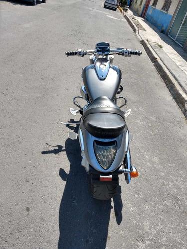 boulevard m109 suzuki