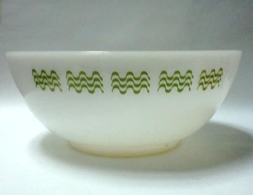 bowl vidrio blanco tipo pyrex blanco ondas verdes
