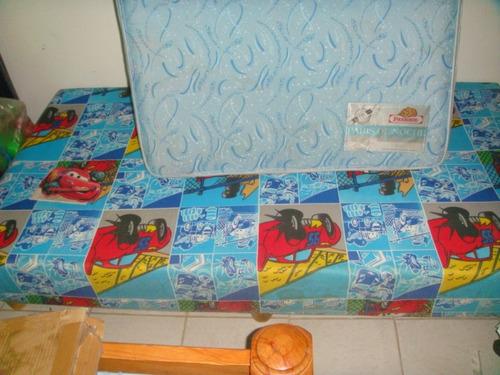 box con su colchon individual