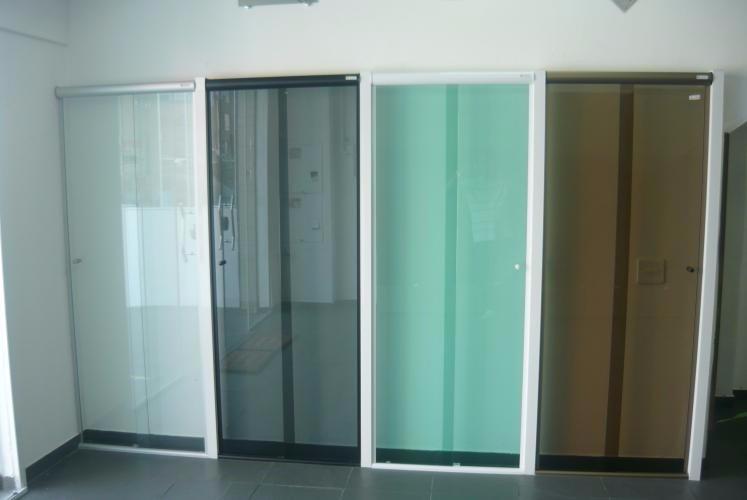 Box De Banheiro Em Vidro Temperado 8 Mm (blindex)  R$ 65,00 em Mercado Livre -> Porta Para Banheiro Pequeno Mercado Livre