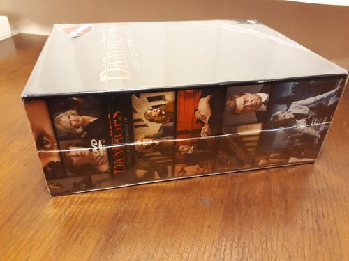 box dvds damages - a série completa - 15 discos - frete grát