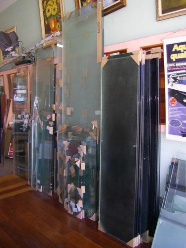 box  em vidro temperado 8 mm incolor