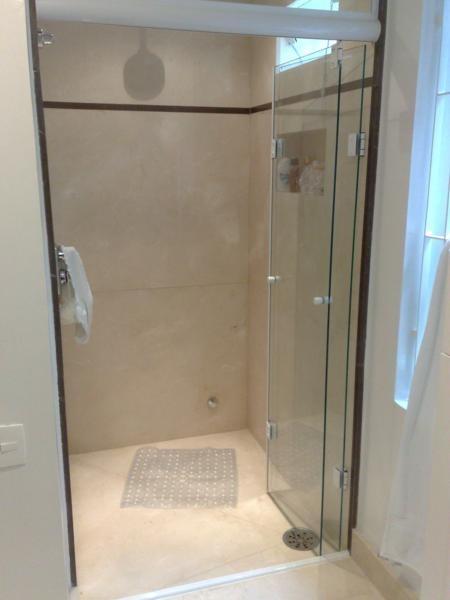 Box Porta Camarão Articulada Sanfonada Vidro Temperado 8 Mm  R$ 450,00 em Me -> Porta Para Banheiro Pequeno Mercado Livre