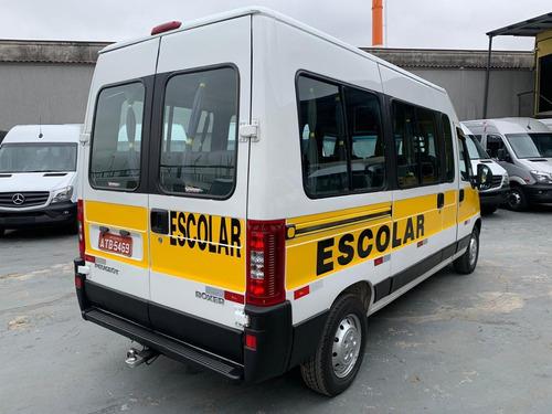boxer minibus  2011  2.3 hdi 330m médio 15l 5p 28 lugares
