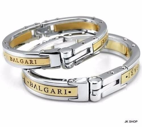 b1d5e3b5527 Bracelete Bvlgari Titanium Banhado A Ouro - R  169