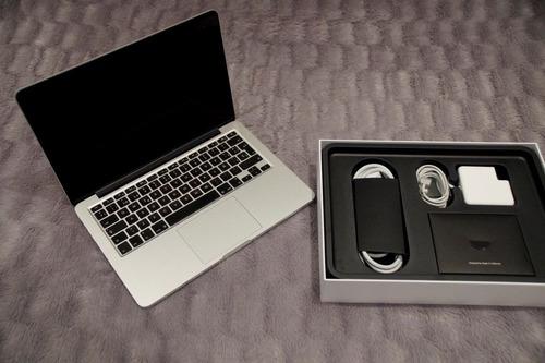 brand new apple macbook laptop 13inch