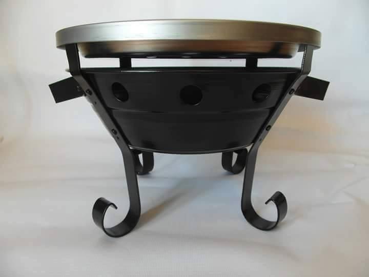 Braseros de mesa de acero inoxidable fabricados a mano for Mesa inoxidable segunda mano
