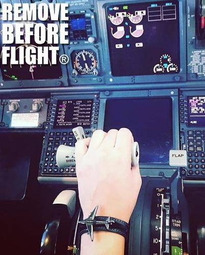 brazalete airspeed leather - remove before flight ®
