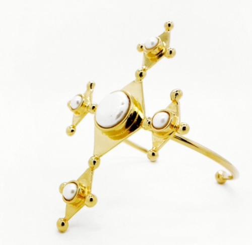 brazalete diseño mujer jill hopkins moda perlas