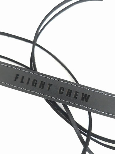 brazalete flight crew leather - remove before flight ®
