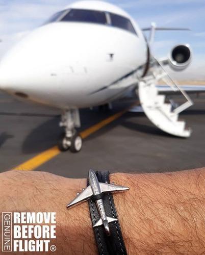 brazalete piel airspeed remove before flight®