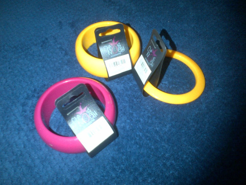 brazalete unicolor para dama + pulsera de regalo