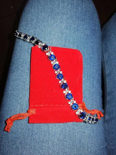 brazalete zirconia color azul chapa de oro blanco