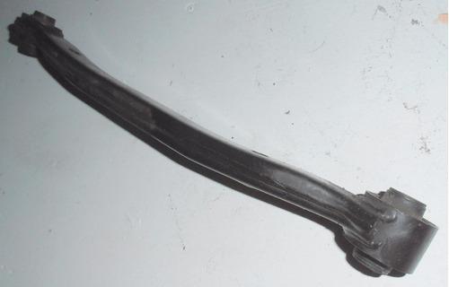 brazo superior suspensión tr izquierd hyundai i-30 2009-2012