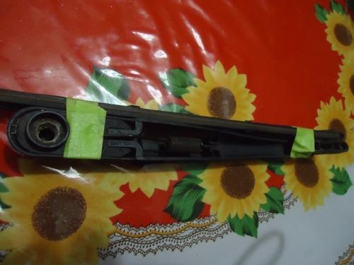 brazo y cepillo trasero caliber, usado en excelente estado