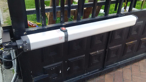 brazos hidráulicos para puertas de garaje eléctricas.