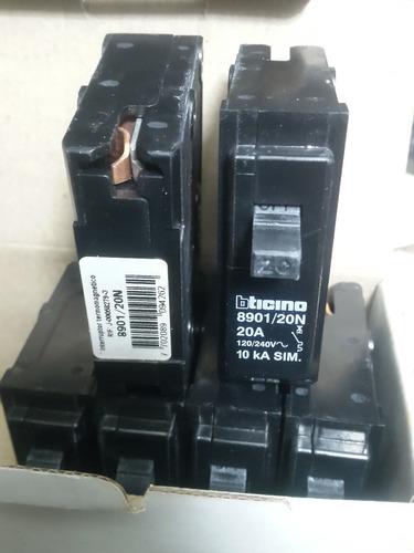 breaker btcino 20 amp original para empotrar