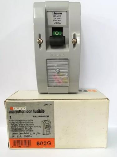 breaker interruptor con fusible bticino 2p 602g 32a 250v