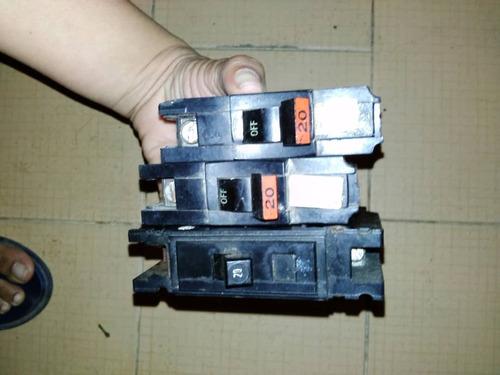 breakers de electricidad