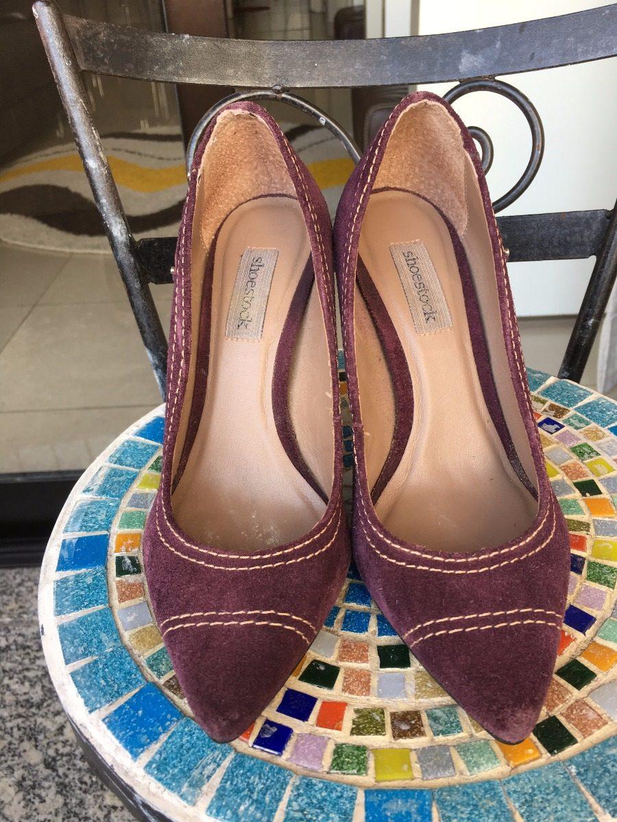 11419a50425 brechó de grife - scarpim de camurça no. 34 marca shoestock. Carregando  zoom.