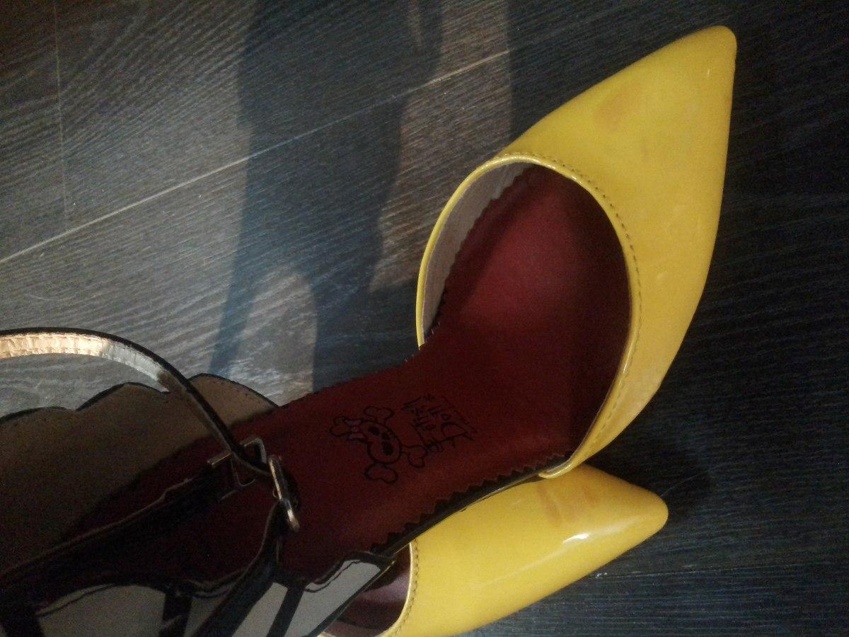 f48d446175 Brechó Impecável! Sapato Salto Alto Feminino Stiletto Tam 37 - R  80 ...