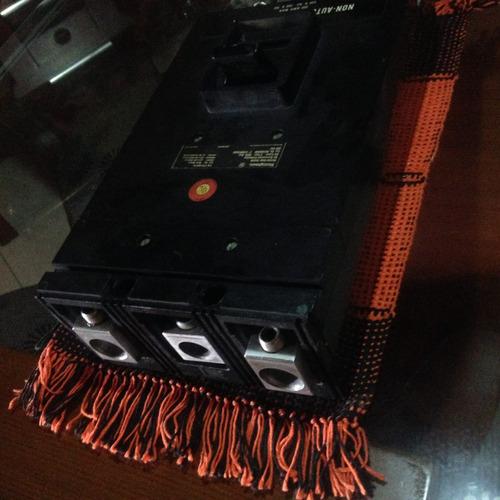 breker 800 amp westinghouse