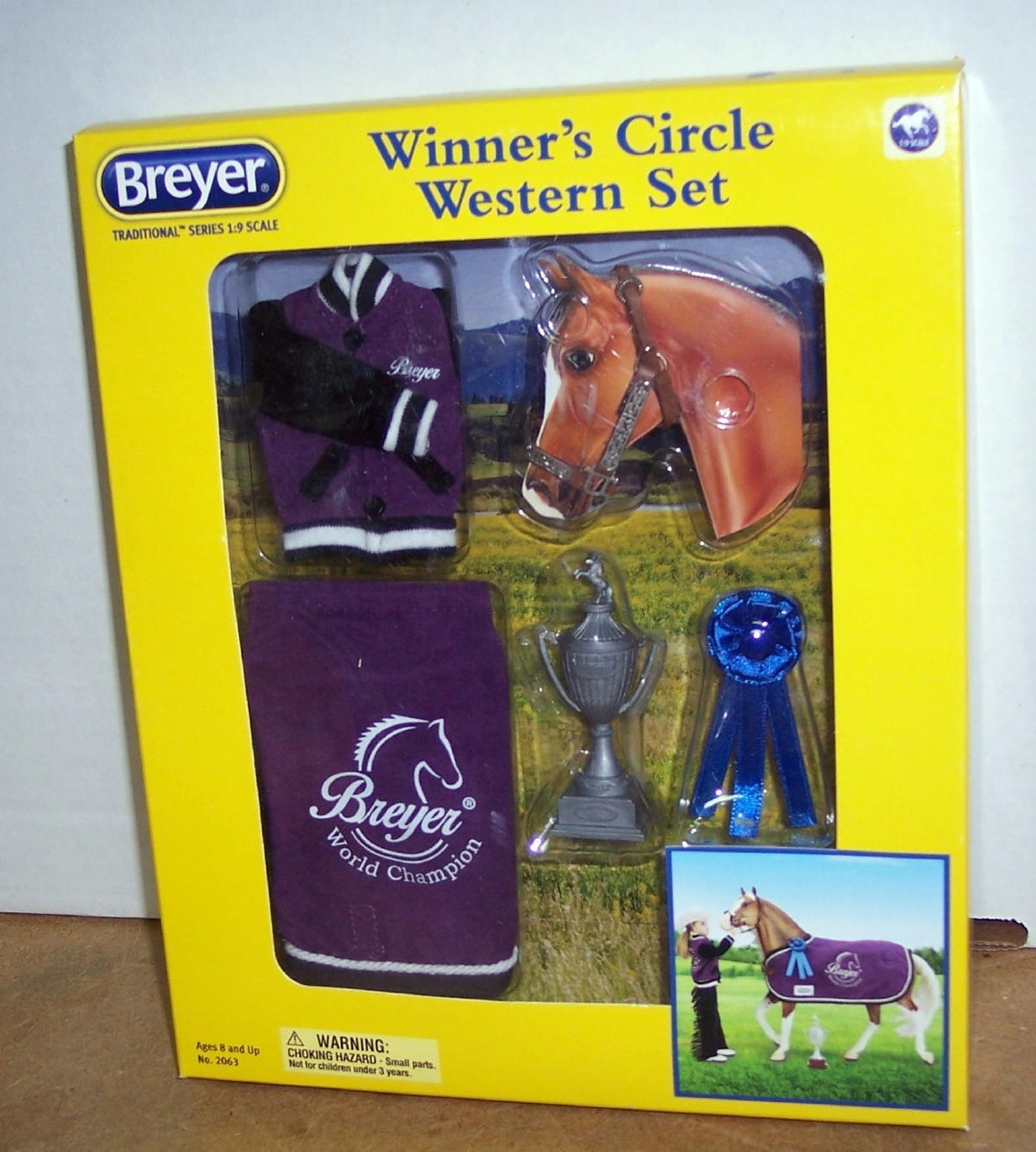 Breyer Traditional Winner/'s Circle Western Set Horse 1:9 Scale No.2063