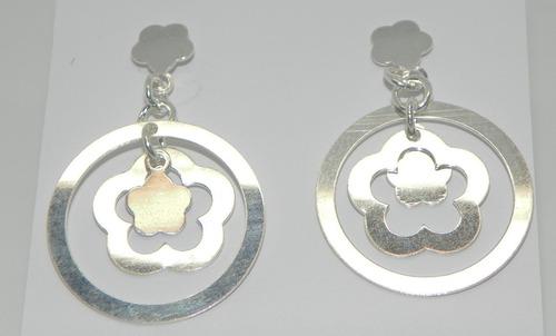 brinco argola e flor em prata 925