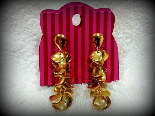 brinco cascalhos ewe jóias folheadas ouro 18k