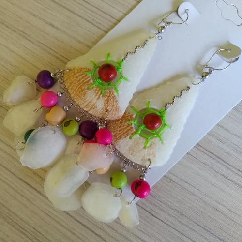 brinco de escama de peixe com açaí colorido ref: 7974