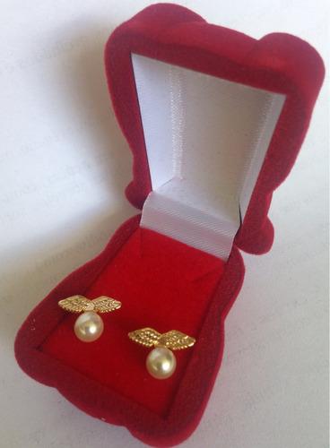 brinco de pérola sintética - semi jóia - folheado a ouro 18k