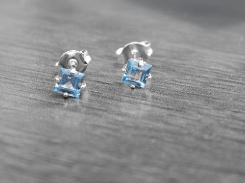 brinco de prata 950 com zircônia