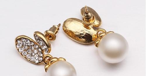 brinco dourado perolafolheado ouro