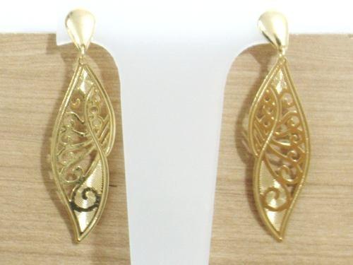 brinco feminino estilo folha trabalhada folheado ouro