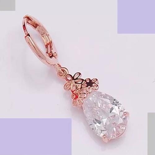 brinco feminino folheado ouro rosê 18k flor brilhante c976
