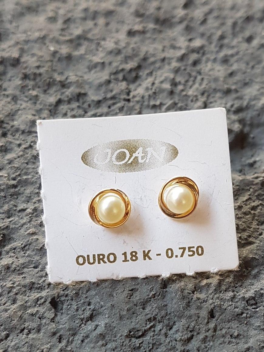 Brinco Ouro 18k Pérola + 1 Brinde - R  219,00 em Mercado Livre ec6e137385